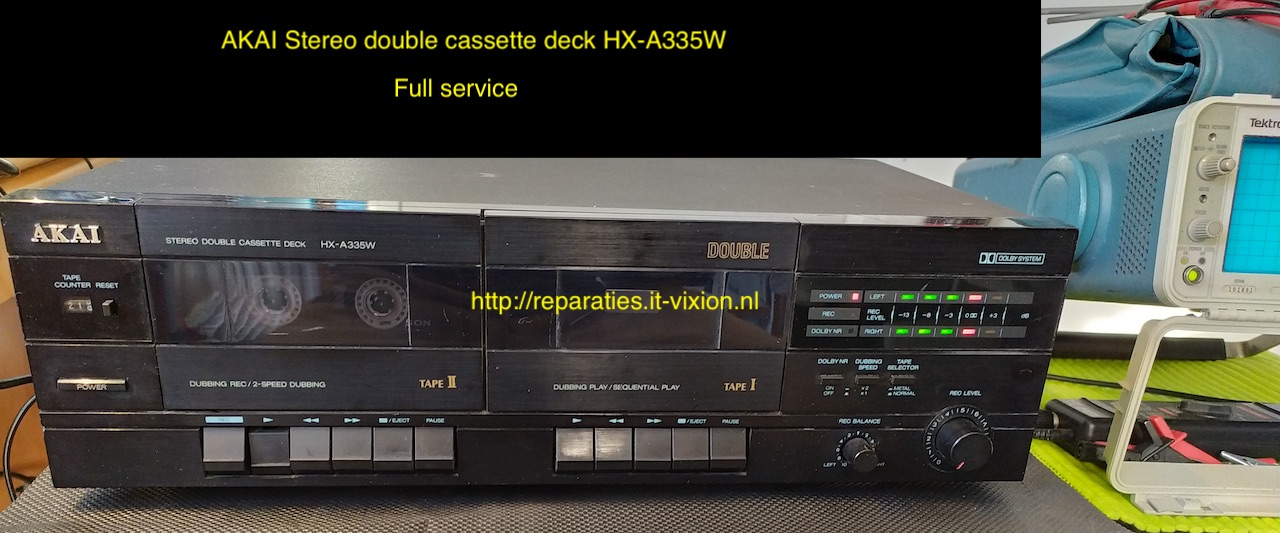 AKAI HX-A335W cassette deck