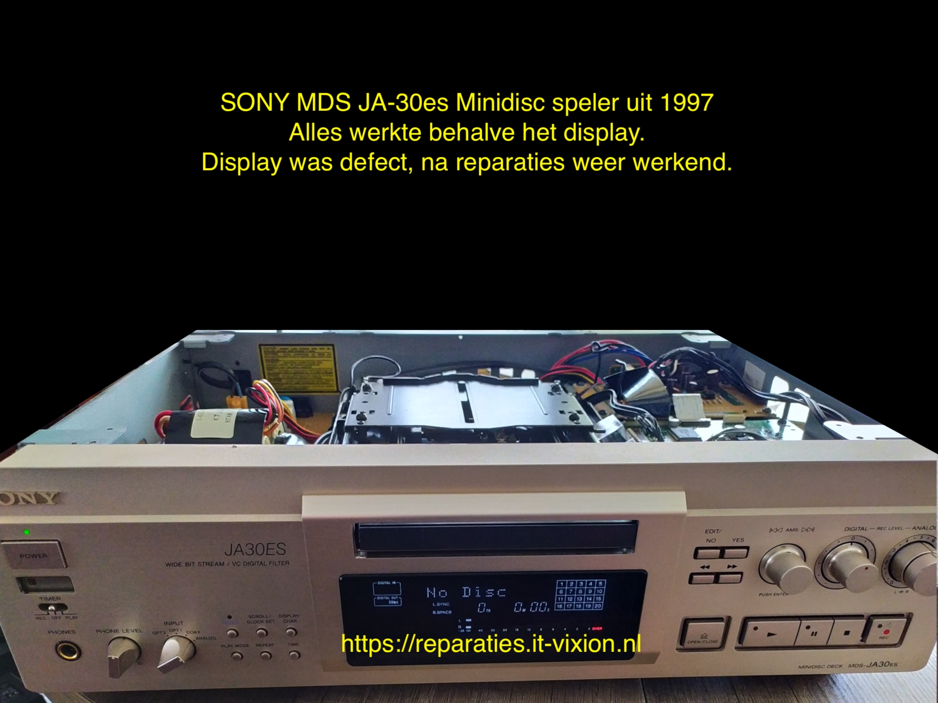 Sony MDS-JA30es Display