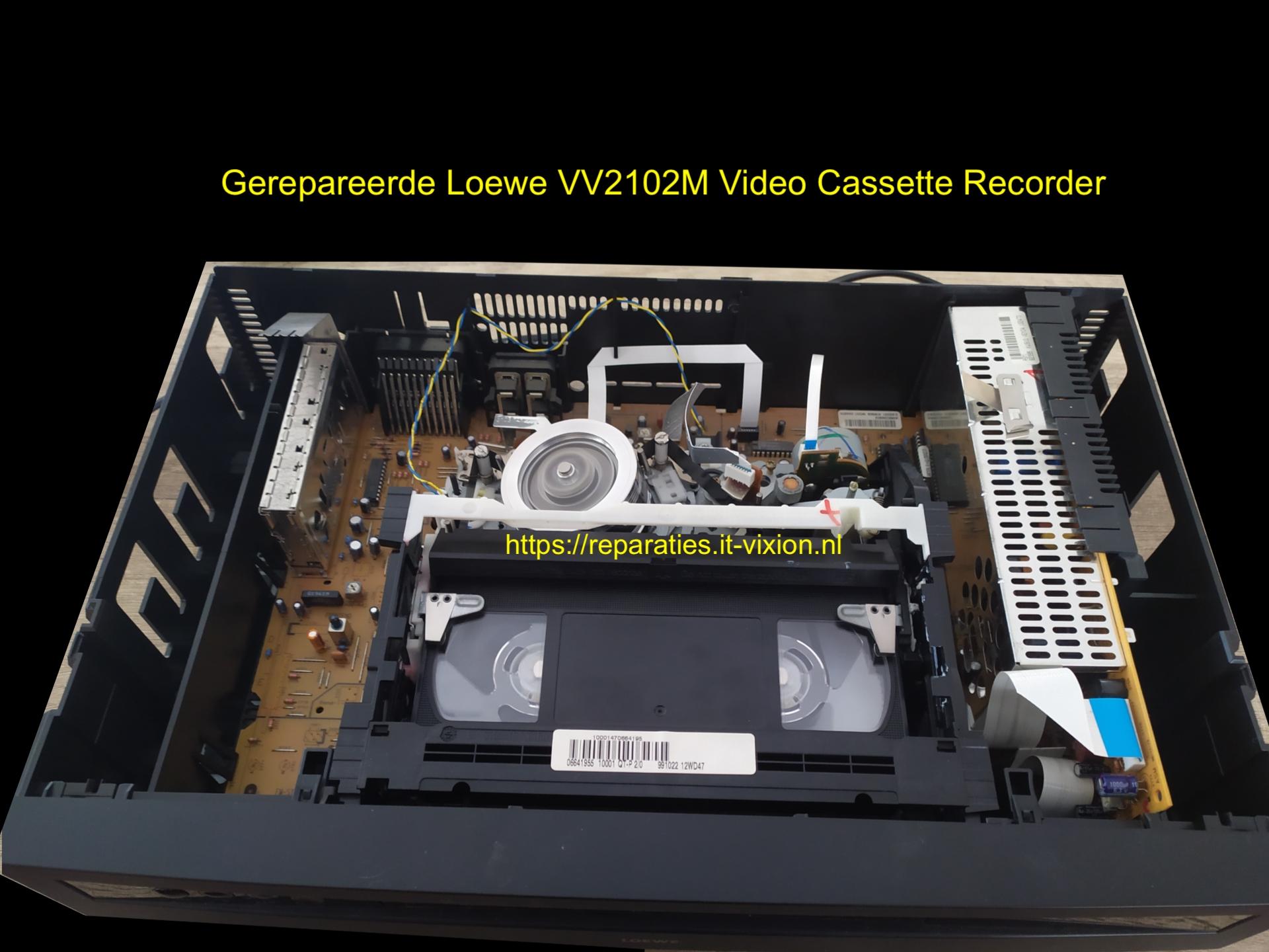 Loewe VV2102M Video Cassette Recorder